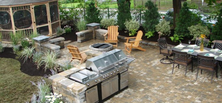 Outdoor Kitchens – Designing the Perfect Backyard Cooking Station